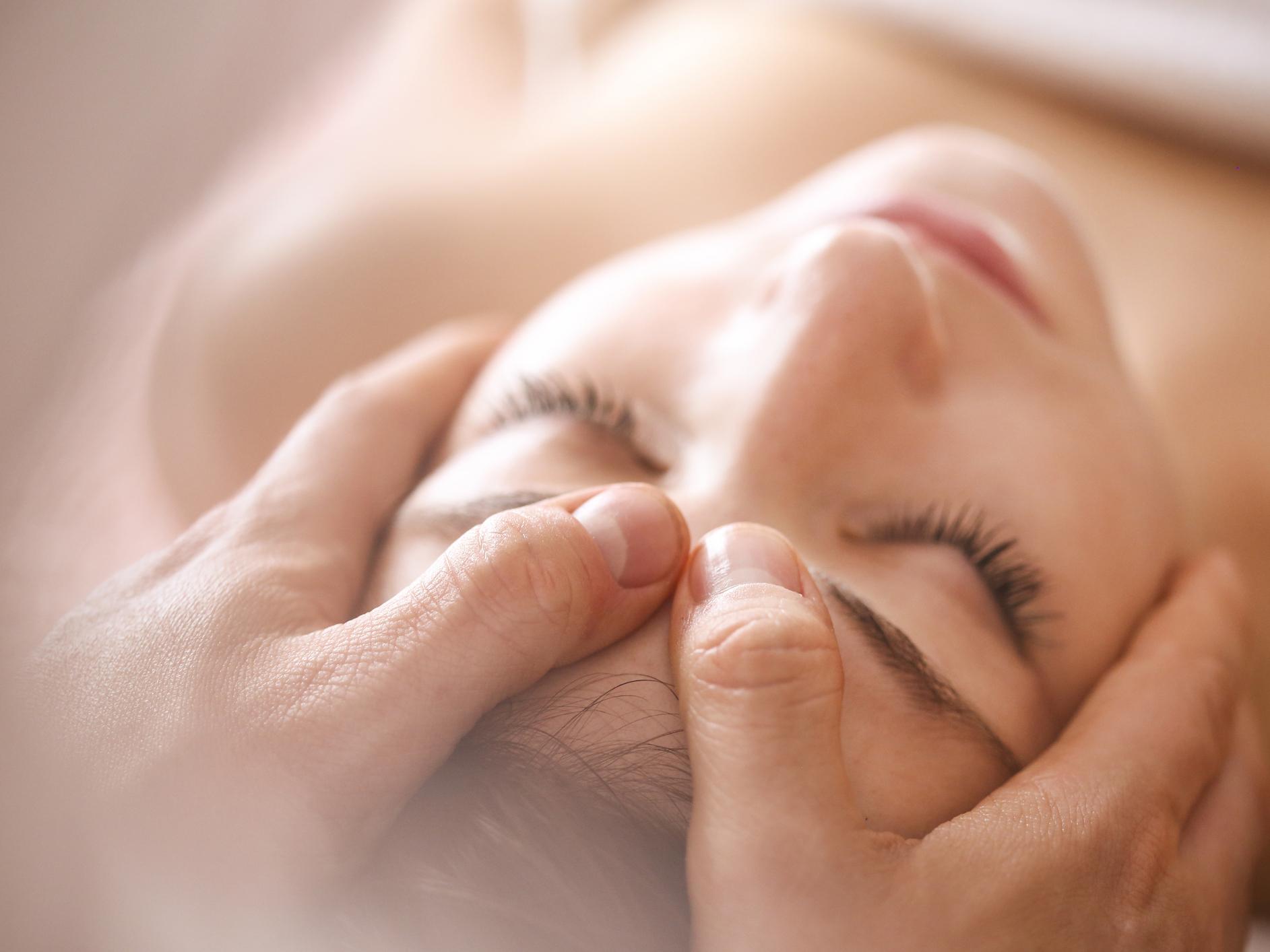 Hoofdpijn massage, migraine, chronische hoofdpijn, spannings hoofdpijn